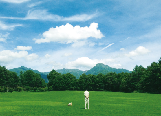 【八ヶ岳連峰】 長野県原村は四季折々の美しい八ヶ岳連峰南山麓にあります。